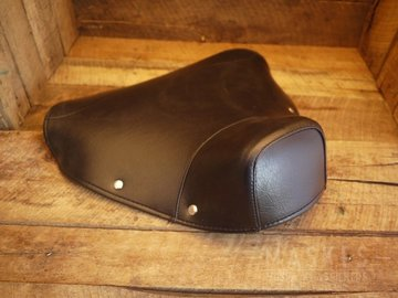 Cover Single Saddle front black VNB1-5T/VBA/VBB/GLA-B/GL-X