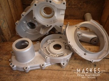 Sandblasting engine casings