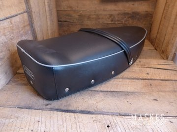 Seat cover black GS160