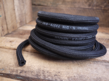 Fuel Hose black fabric .0,7x0,12 per meter