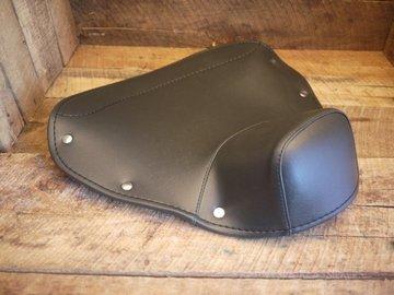 Cover single saddle front green  V30-V33/VM/VN2T